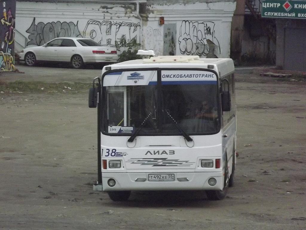 Омск. ЛиАЗ-5256.60 т492ке