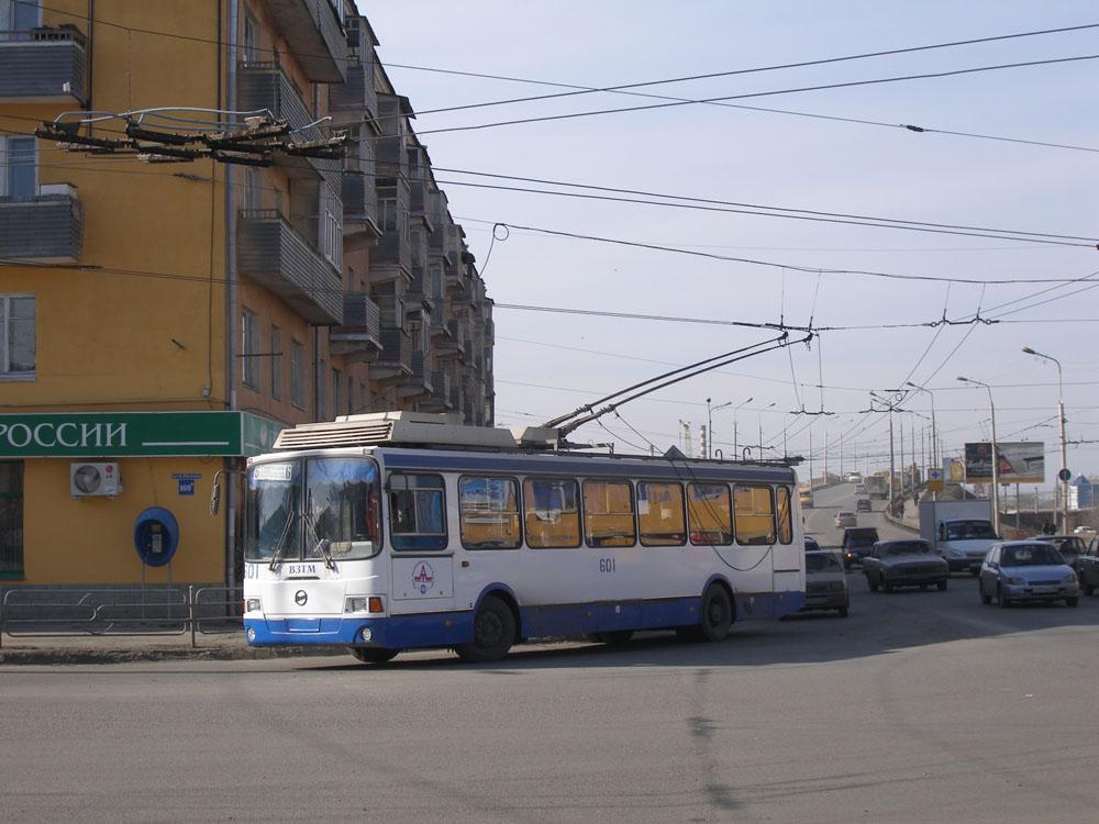 Курган. ВЗТМ-5280 №601