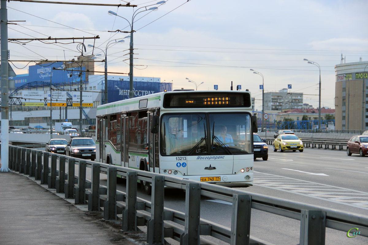 Москва. МАЗ-103.465 еа743
