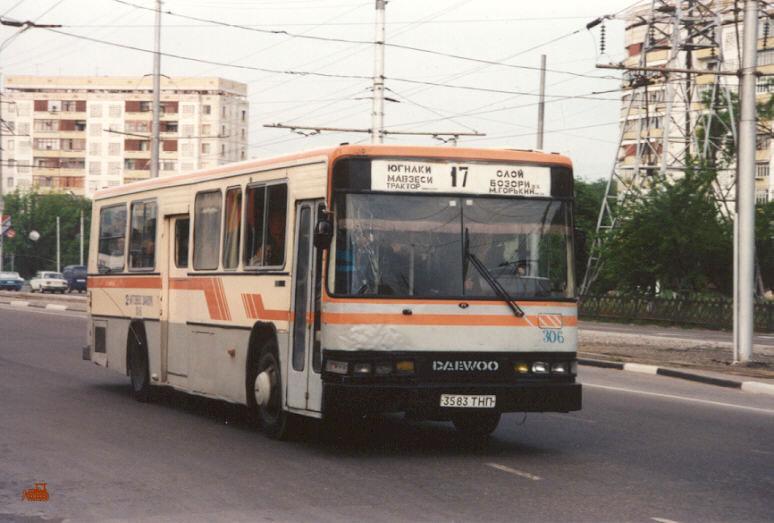 Ташкент. Daewoo BS106 3583ТНП