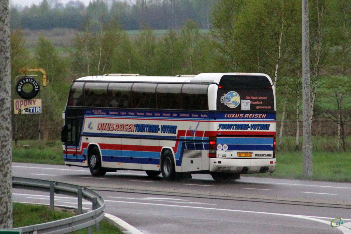 Бяла-Подляска. Neoplan N117 Spaceliner M 8714
