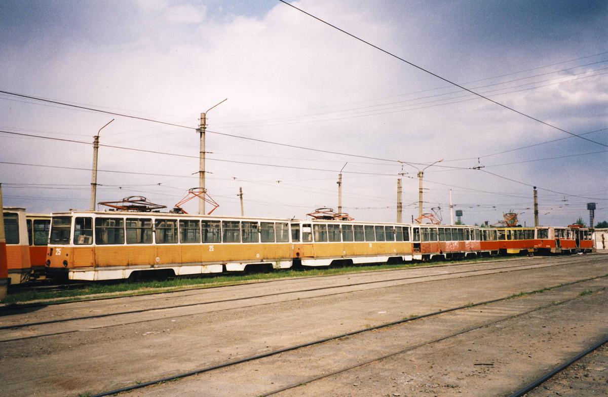 Ачинск. 71-605 (КТМ-5) №25, 71-605 (КТМ-5) №26, 71-605 (КТМ-5) №93