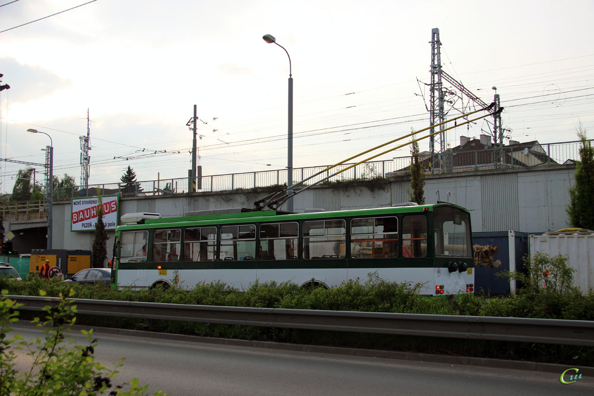 Пльзень. Škoda 14TrM №453