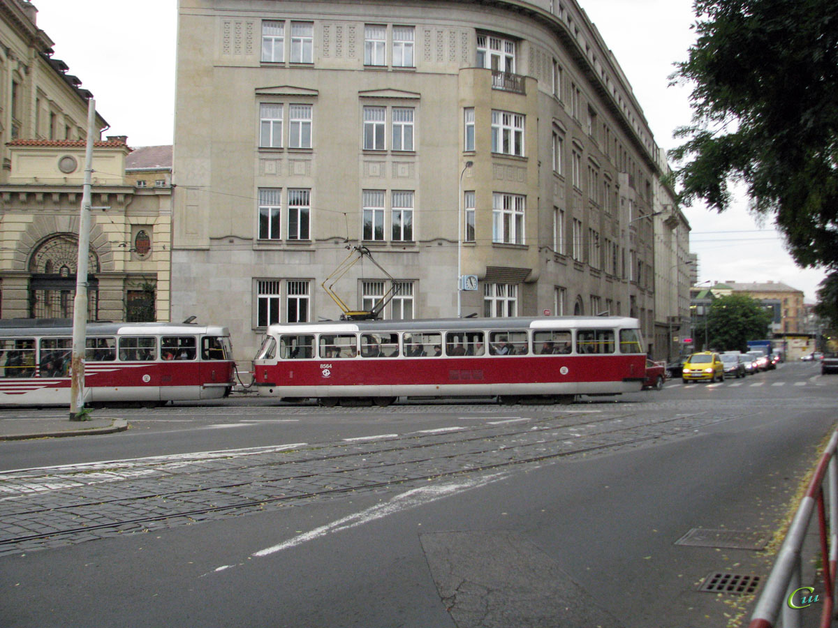 Прага. Tatra T3R.PLF №8259, Tatra T3R.P №8564