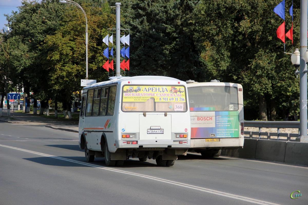 Псков. Mercedes-Benz O345G ав686, ПАЗ-32054 к564кт