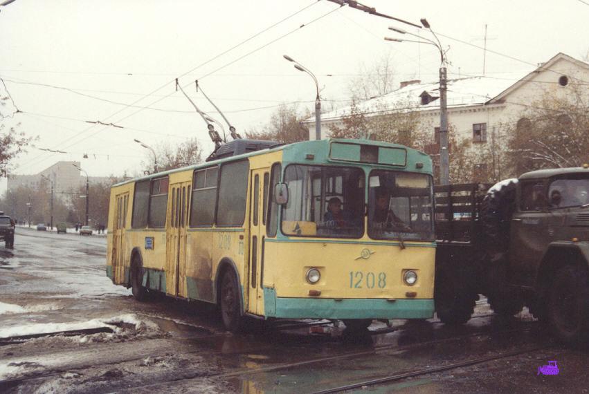Ижевск. ЗиУ-682В №1208