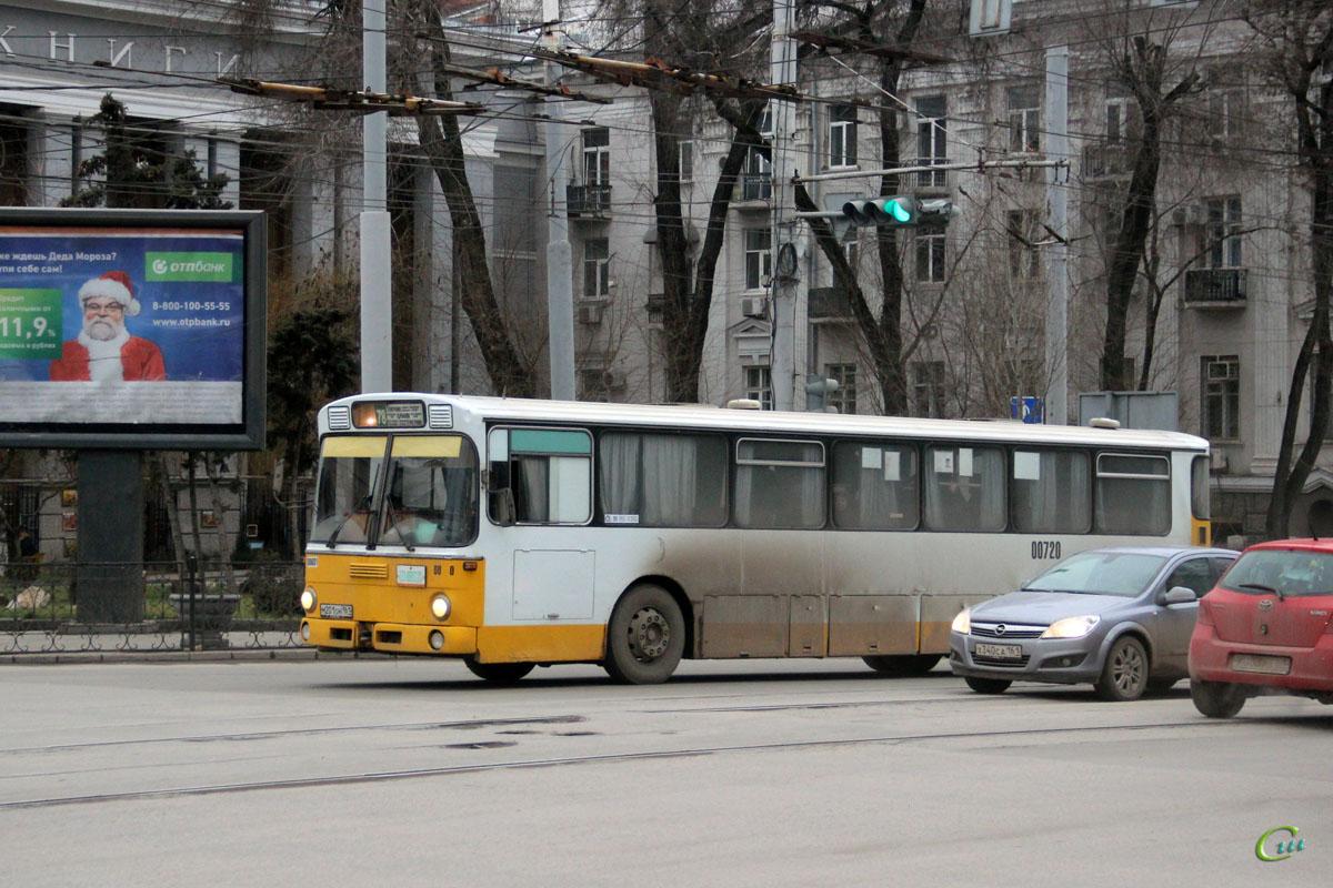 Ростов-на-Дону. Mercedes-Benz O307 м201он