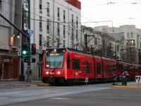 Сан-Диего. Siemens S70 LRV №4049
