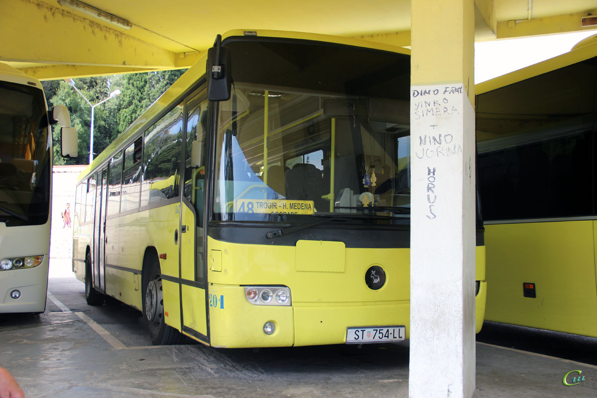 Сплит. Mercedes-Benz O345 Conecto U ST 754-LL