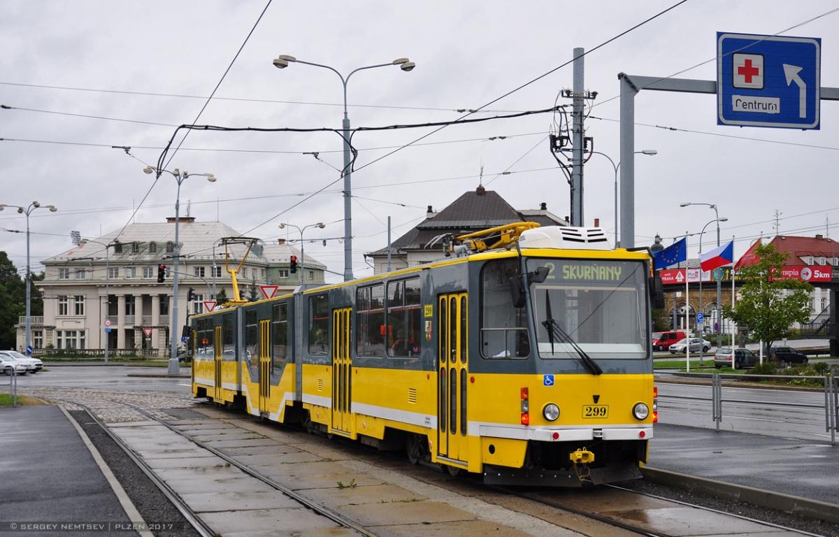 Пльзень. Tatra KT8D5 №299