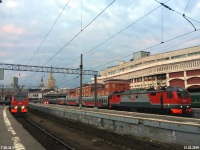 Москва. ЭП2К-326, ЭП2К-363