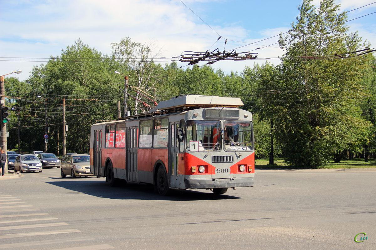 Киров. ЗиУ-682 КР Иваново №600