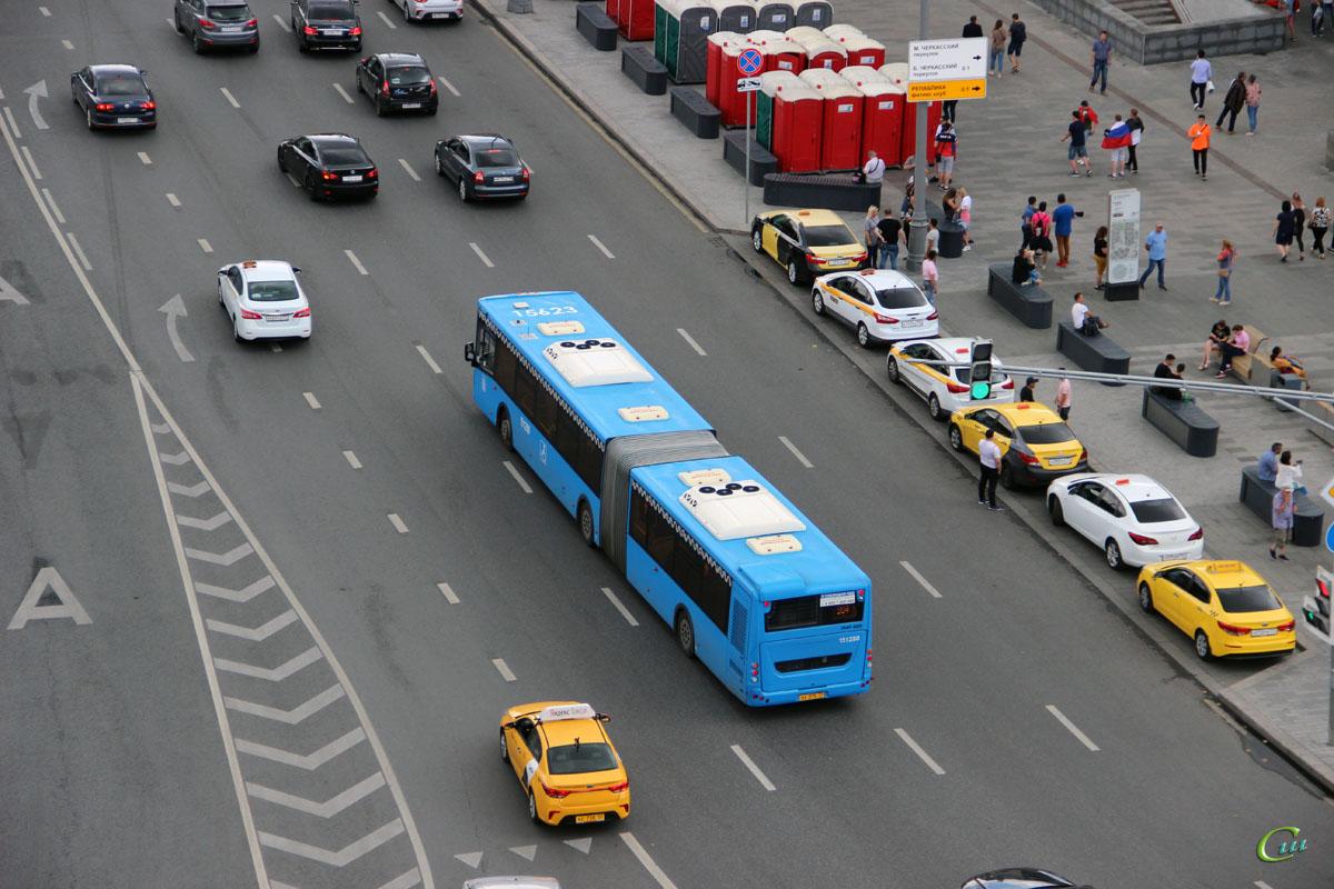 Москва. ЛиАЗ-6213.65 хх275