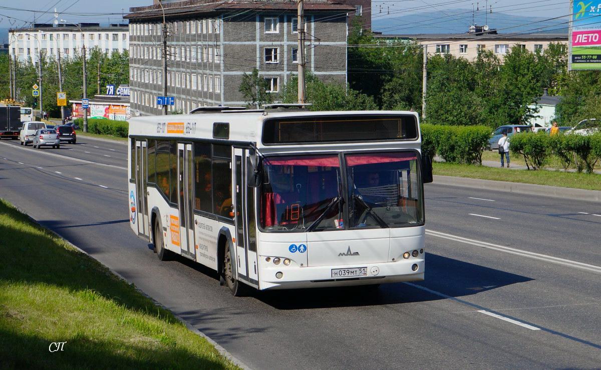 Мурманск. МАЗ-103.465 н039мт