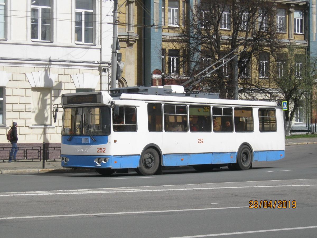 Владимир. ЗиУ-682Г-016.04 (ЗиУ-682Г0М) №252