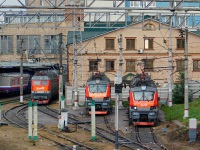Москва. ЧС7-099, ЭП20-024, ЭП20-027
