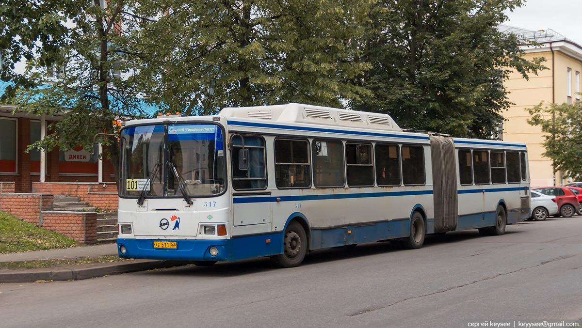 Великий Новгород. ЛиАЗ-6212.70 ае511