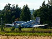 Воротынск. Самолёт Douglas DC3C-S4C4G на территории аэродрома