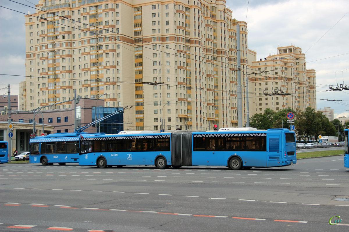 Москва. ЛиАЗ-6213.65 в090ха