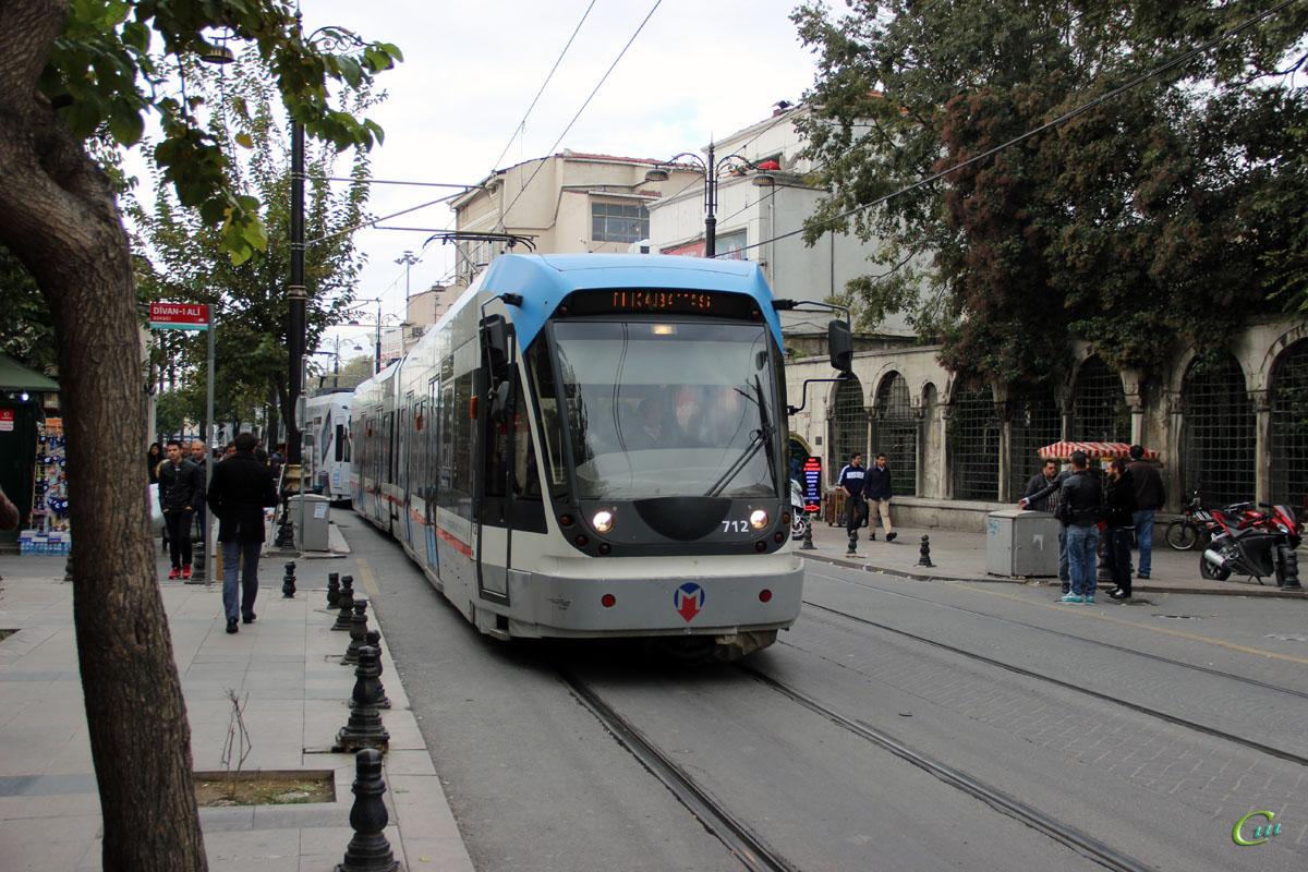 Стамбул. Bombardier Flexity Swift №712