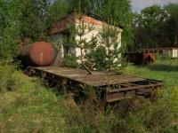 Кирово-Чепецк. Грузовая платформа и цистерна
