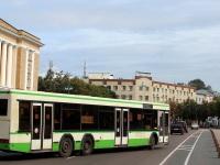 Великий Новгород. МАЗ-107.066 ае613