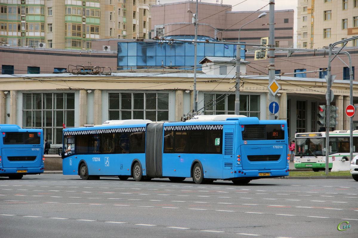 Москва. ЛиАЗ-6213.65 рс060