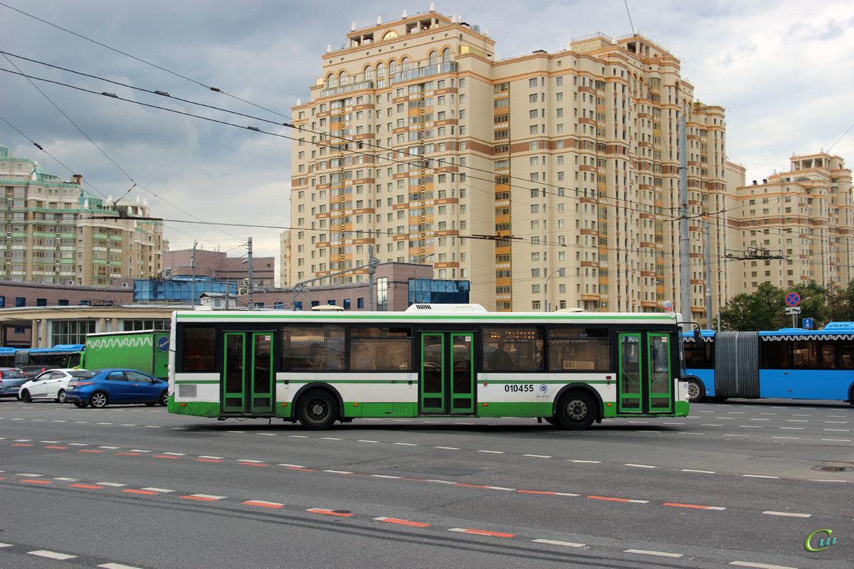 Москва. ЛиАЗ-5292.21 ео061