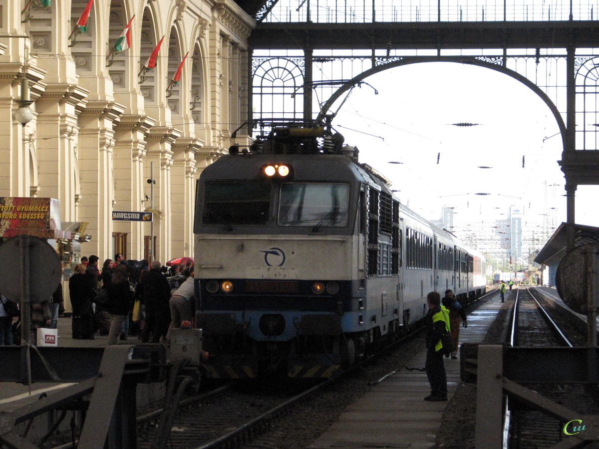 Будапешт. 350 013-9