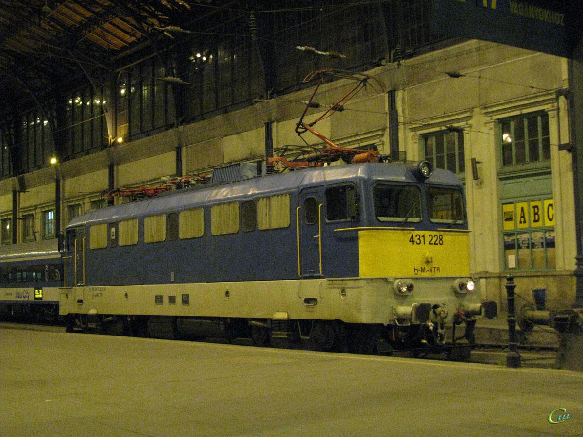 Будапешт. 431-228