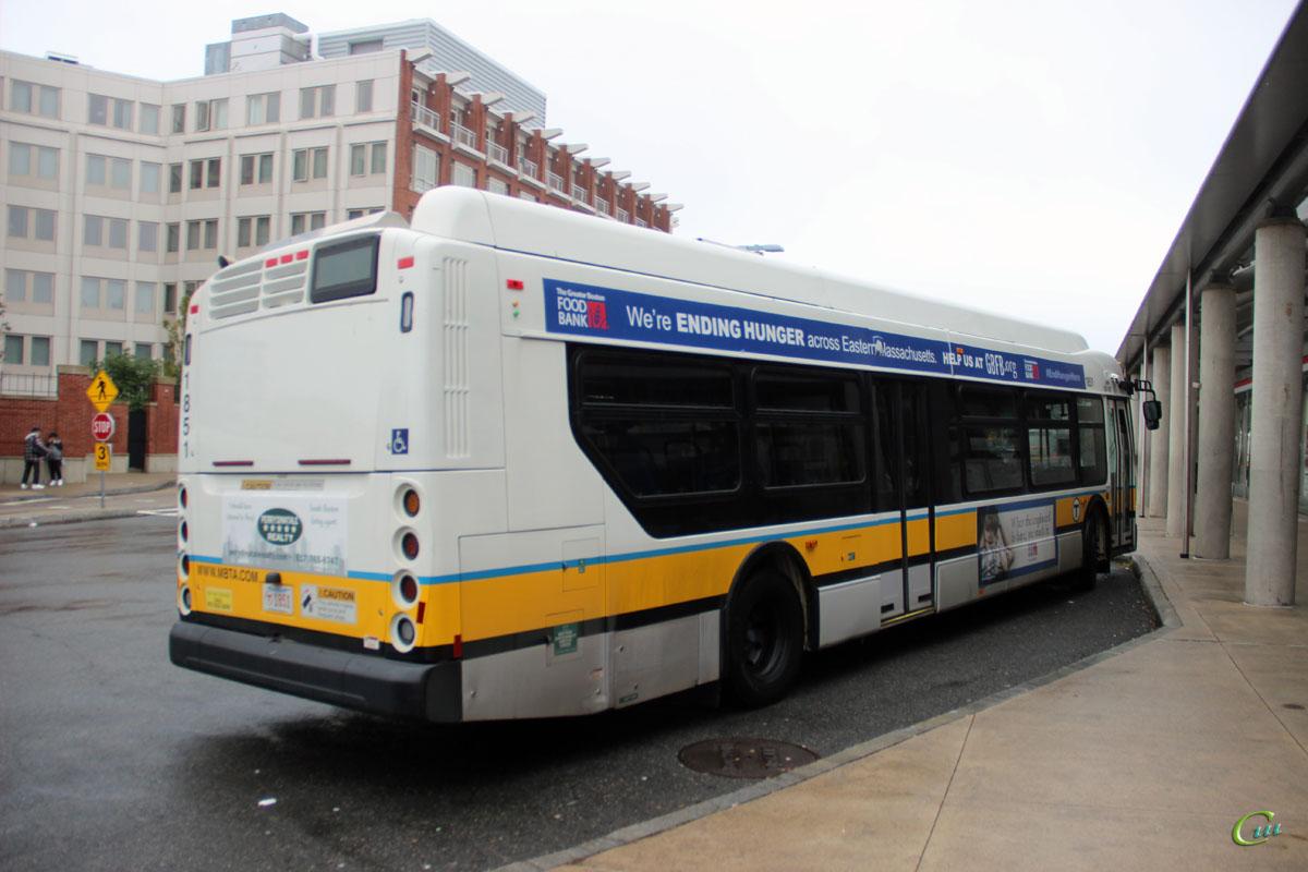 Бостон. New Flyer XDE40 MBT 1851