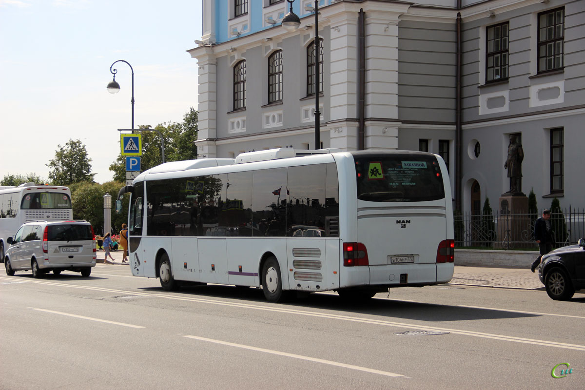 Санкт-Петербург. MAN R12 Lion's Regio в104нр