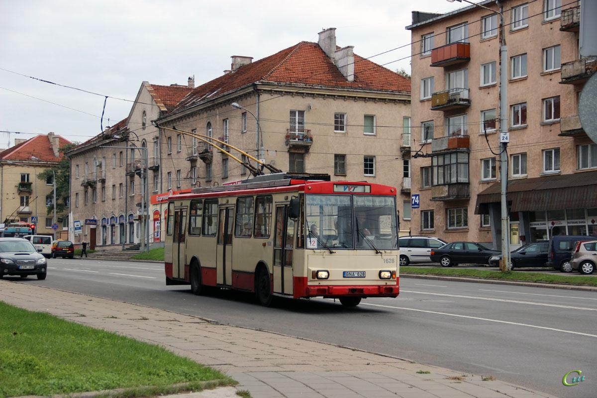 Вильнюс. Škoda 14Tr13/6 №1628