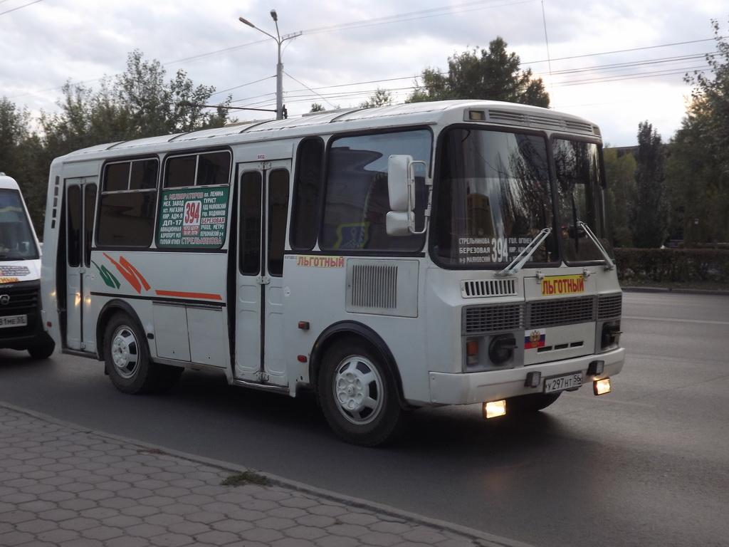 Омск. ПАЗ-32054 у297нт