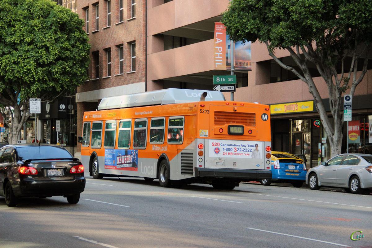 Лос-Анджелес. New Flyer C40LF 1093212