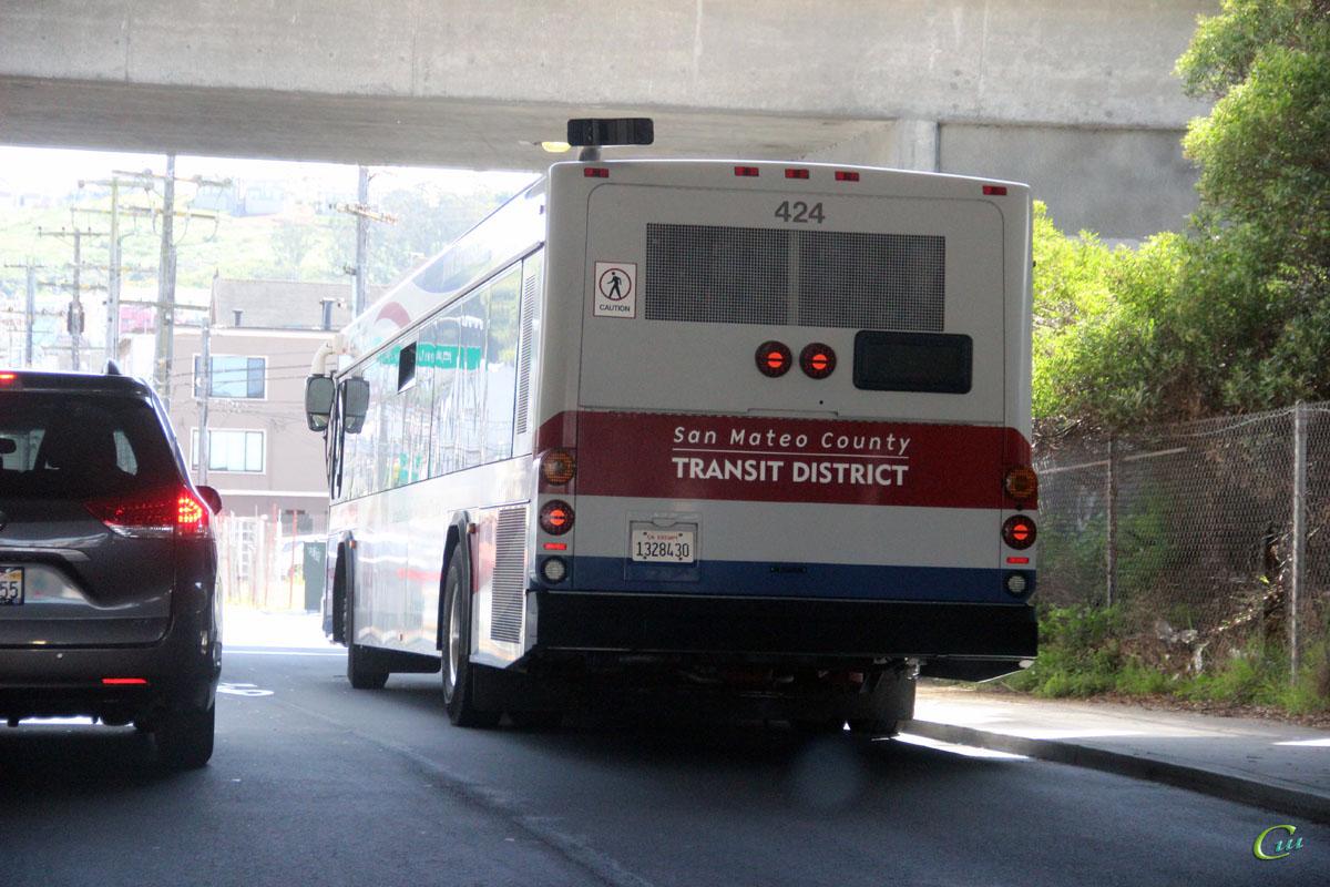Сан-Франциско. Gillig BRT 1328430