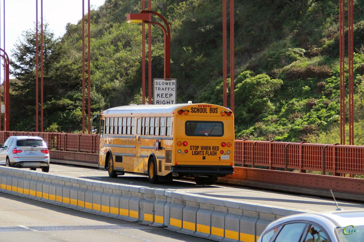 Сан-Франциско. Thomas Saf-T-Liner HDX 6KJV794