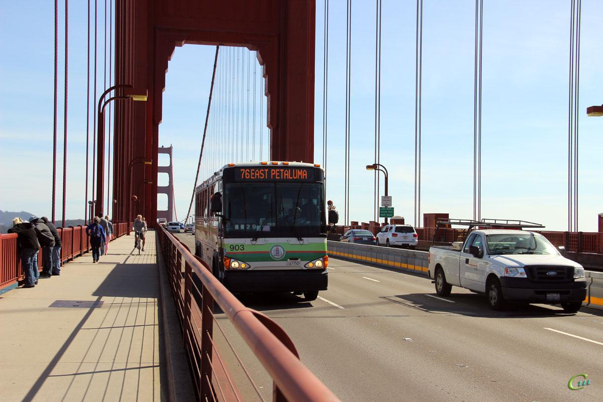 Сан-Франциско. MCI D4500CT 1277520