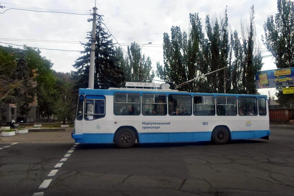 Мариуполь. ЮМЗ-Т2 №1811