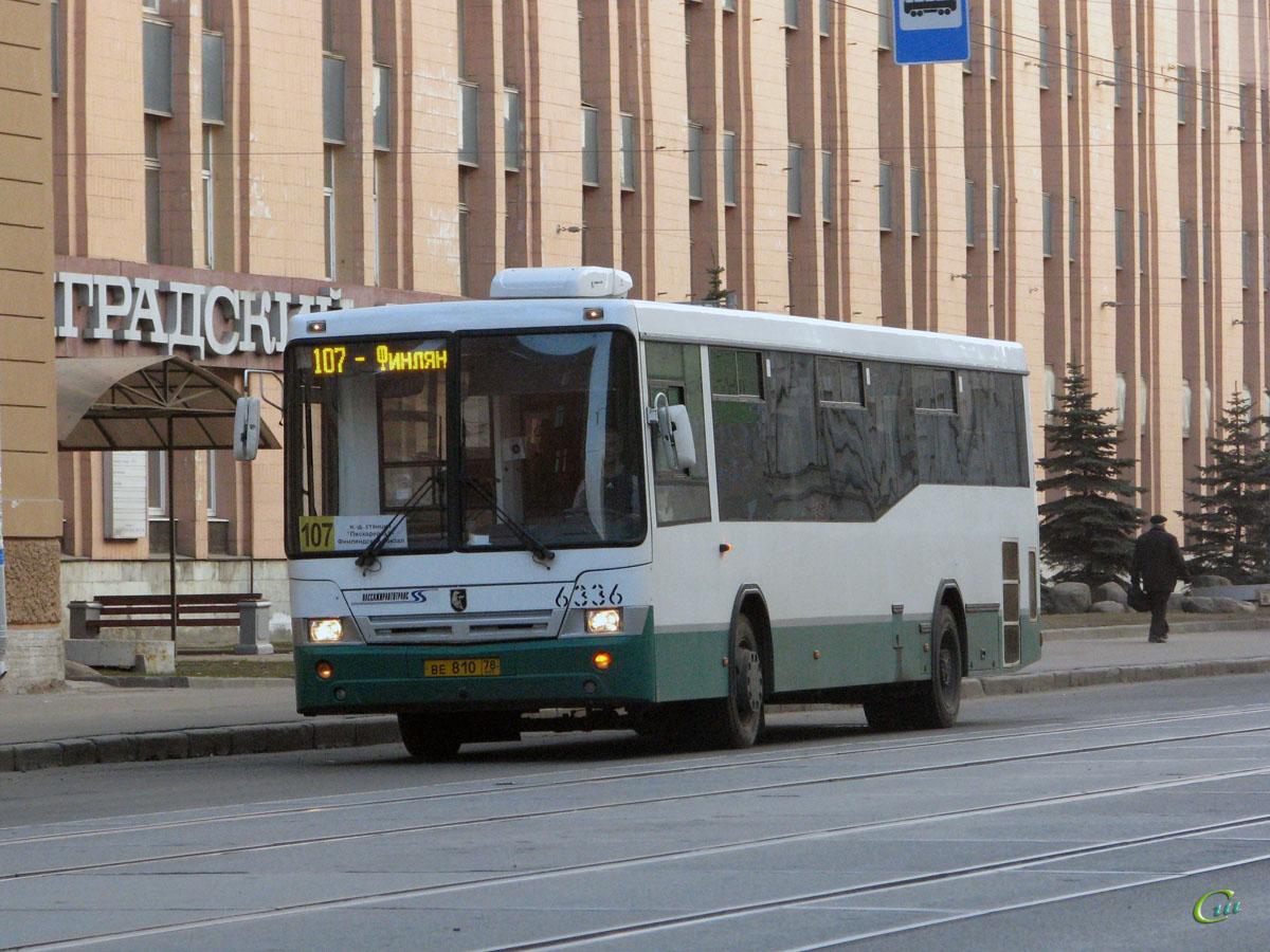 Санкт-Петербург. НефАЗ-5299-30-32 (5299CN) ве810