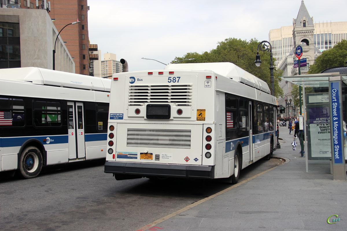 Нью-Йорк. New Flyer C40LF AU2682