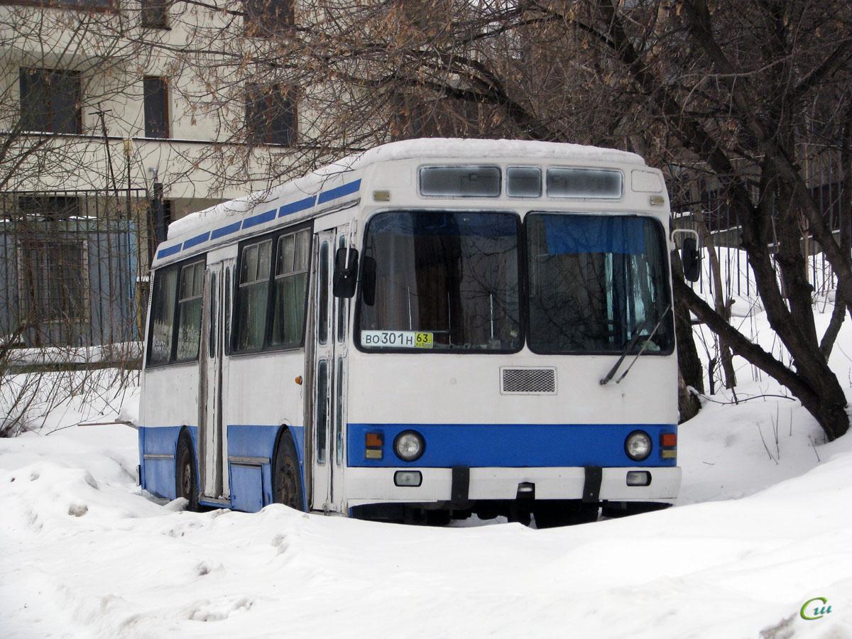 Москва. ЛАЗ-42021 ее243