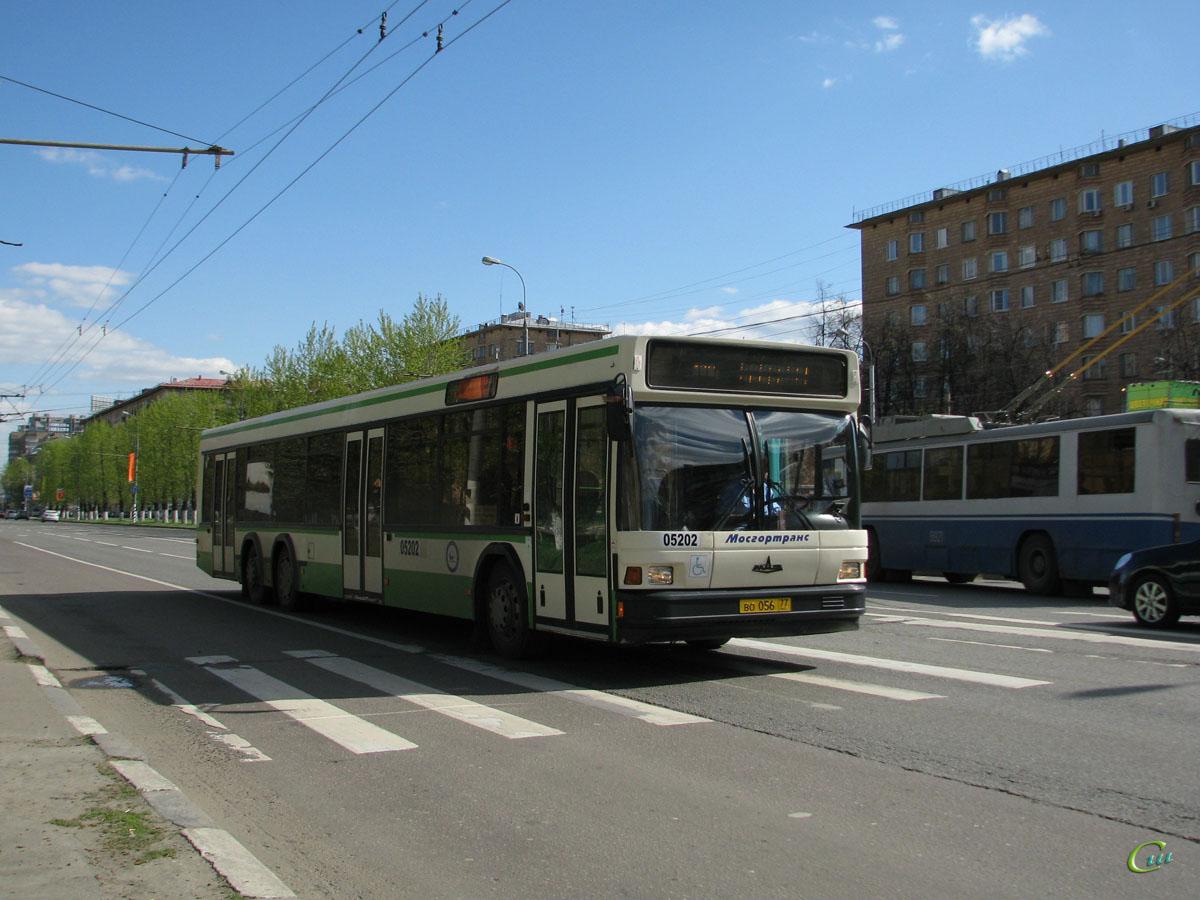 Москва. МАЗ-107.066 во056