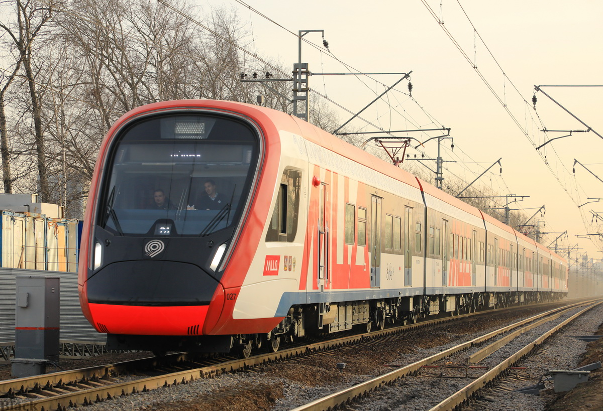 Москва. ЭГ2Тв-027 Иволга