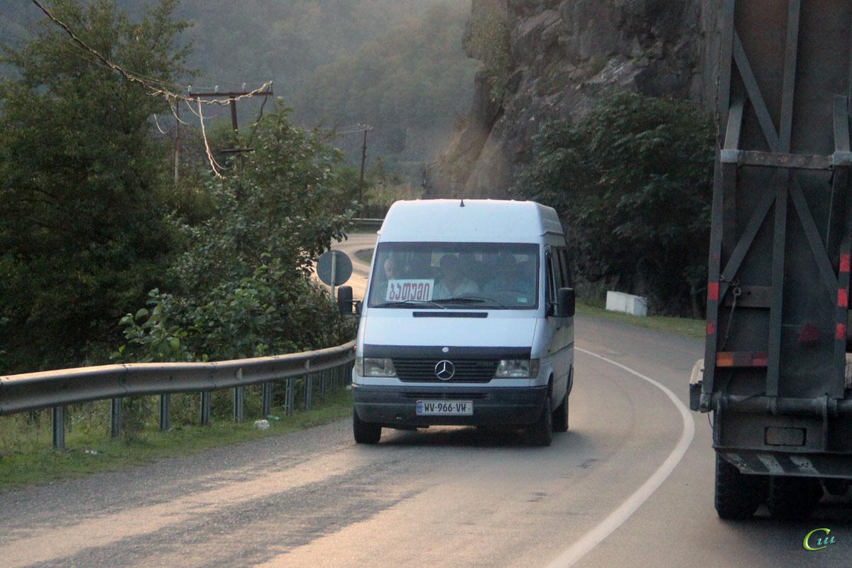 Батуми. Mercedes-Benz Sprinter WV-966-VW