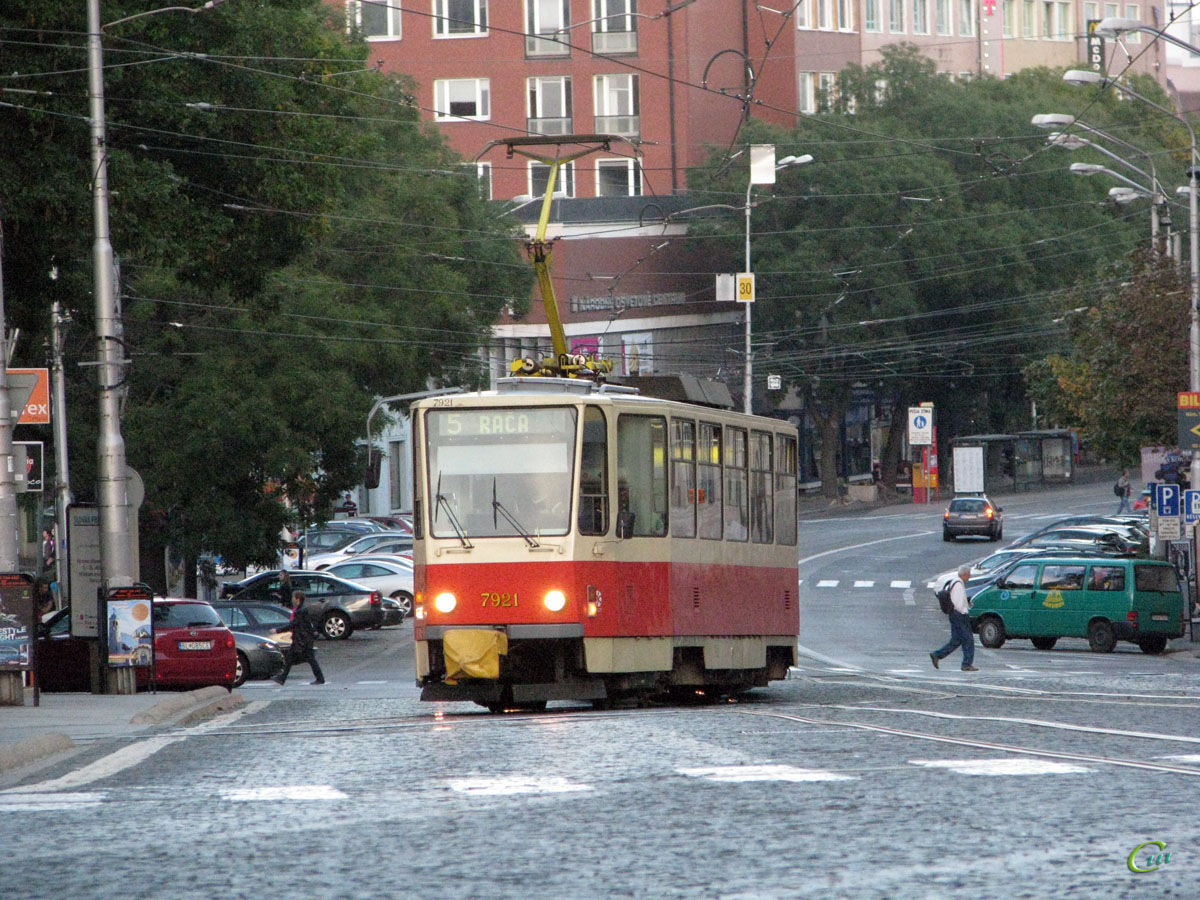 Братислава. Tatra T6A5 №7921