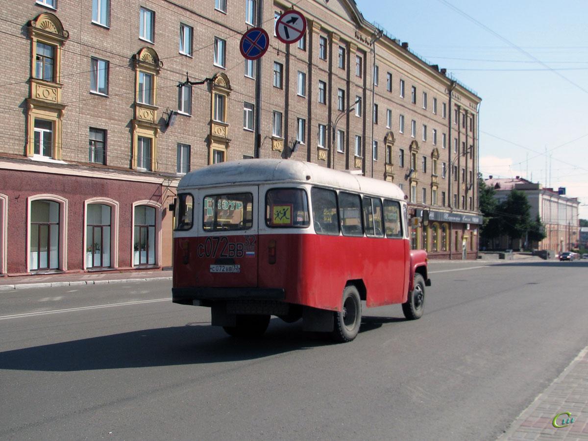 Брянск. КАвЗ-3270 с072вв