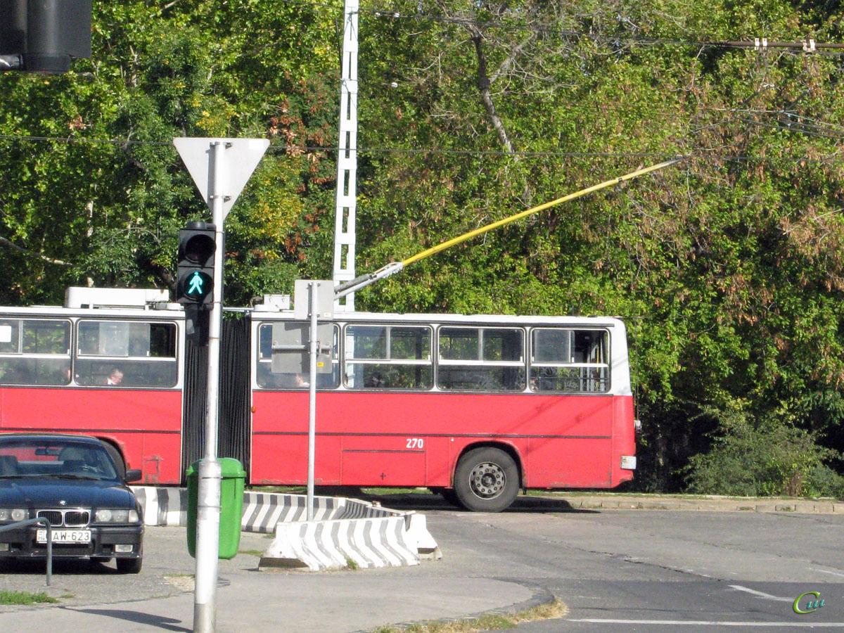 Будапешт. Ikarus 280.94 №270