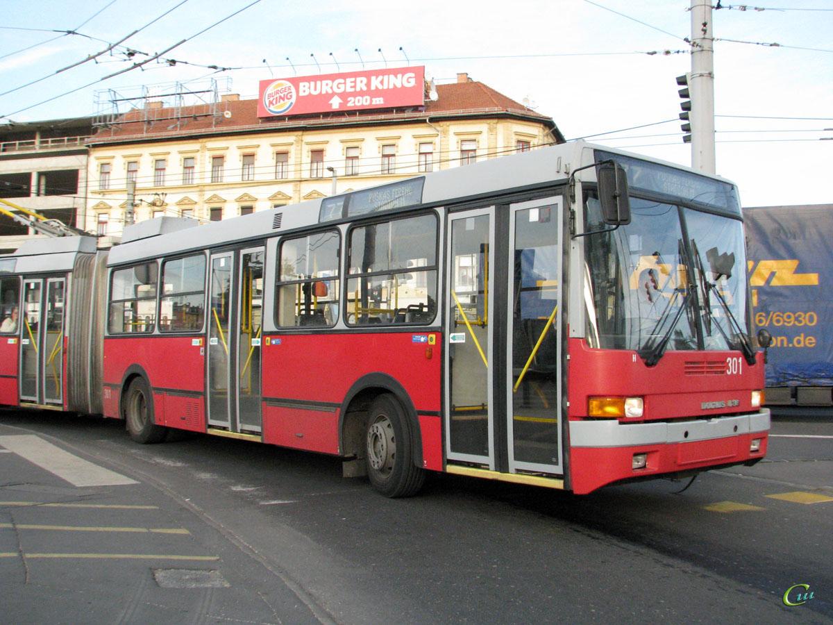 Будапешт. Ikarus 435.81 №301