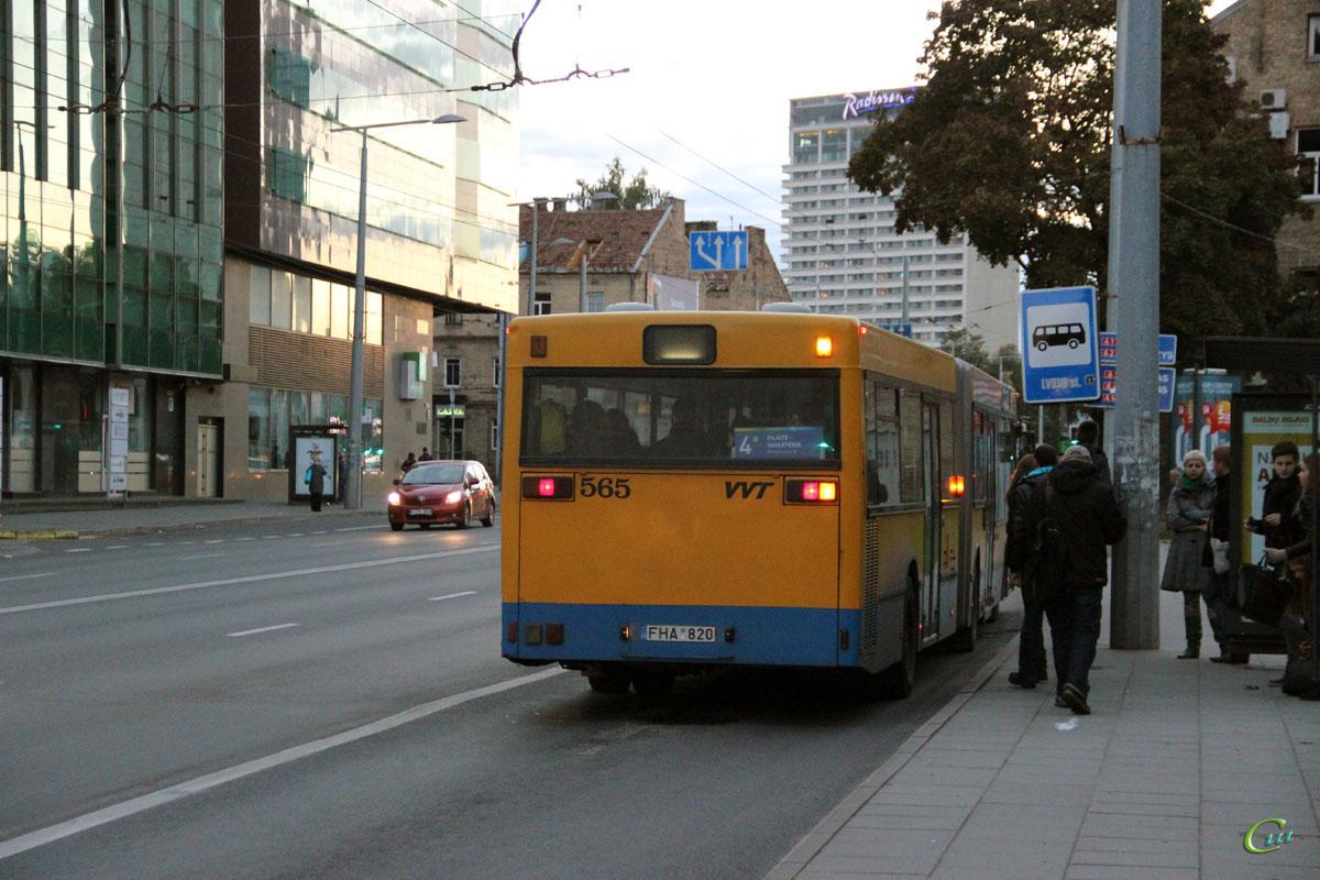 Вильнюс. MAN A11 NG312 FHA 820